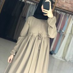 Image may contain: one or more people and people standing Hijab Fashion 2016, Pakistani Fashion Casual, Iranian Women Fashion, Abaya Fashion, Muslim Fashion, Fashion Dresses, Mode Abaya, Mode Hijab, Hijab Evening Dress