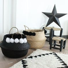 on adore ce grand panier boule en jonc de mer ta landais pompons 5 de chaque divers lov. Black Bedroom Furniture Sets. Home Design Ideas