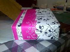 Nothing compares to the feeling of receiving an exquisitely wrapped gift >> Almost doesn't matter what's on the inside...