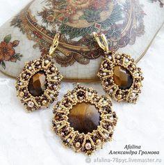 """Купить Кулон-брошь и серьги """"Лувр"""" - коричневый, подарок, выпускной, украшение из бисера, бронзовый"""
