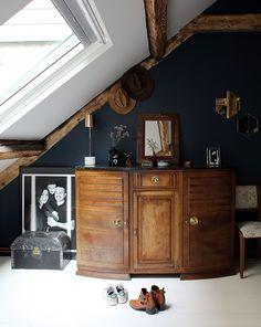 Sarah, Paris 19ème - Inside Closet