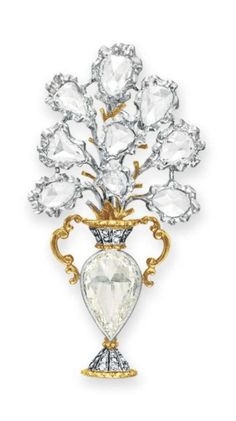 A diamond bouquet brooch, by Buccellati. Designed as a rose-cut diamond floral bouquet, mounted in 18k gold and platinum, in a Buccellati gray leather case. Signed Buccellati, Italy, no. D4159. - A.lain R. T.ruong