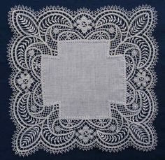 Bedfordshire Lace, one of the guipure laces - a continuous lace where the pattern motifs are linked by plaits rather than a mesh ground Antique Lace, Vintage Lace, Lace Patterns, Crochet Patterns, Bruges Lace, Bobbin Lacemaking, Types Of Lace, Fru Fru, Vintage Handkerchiefs