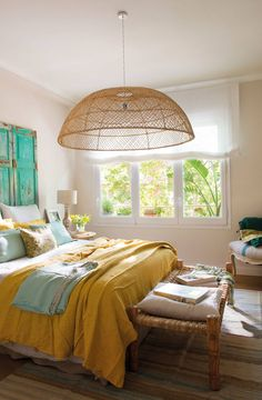 〚 Spanish home with sunny accents and lobster wallpapers〛 ◾ Фото ◾Идеи◾ Дизайн Home Decor Trends, Diy Home Decor, Yellow Home Decor, Home Bedroom, Bedroom Decor, Bedrooms, Tidy Room, Yellow Bedding, Bedding Sets