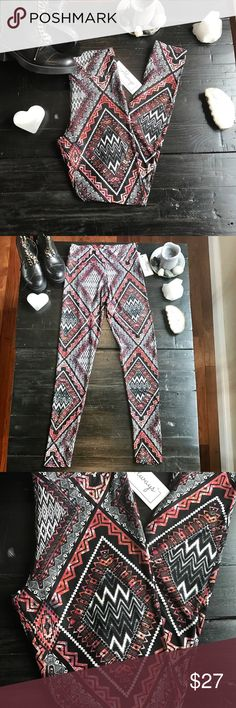 NWT super soft leggings PRICE IS FIRM. But feel free to Bundle & save !         ALL CLOTHING is either NWT, RETAIL or PRE-LOVED that has been worn a few times &  cleaned properly.💕  💰Too expensive? Then add me to a 🛍 b u n d l e 🛍 and save!  Only REASONABLE offers accepted . I QUICKLY DECLINE OFFERs that are 40% below asking price Pants