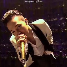 いいね!4,204件、コメント32件 ― G-DRAGON BIGBANG | 권지용 さん(@gdragonn_official)のInstagramアカウント: 「An impressive and memorable performance for me❣ © TQL VI.P ✔My Edit✂ ___________ #gd…」