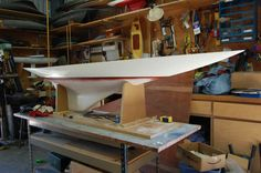 J Class Yacht, Ho Model Trains, Boat Design, Boat Plans, Model Ships, Tall Ships, Boat Building, Sailboat, Sailing Ships