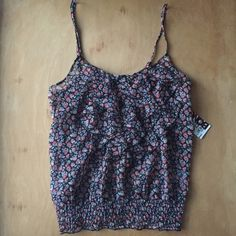 Floral Print Tank Top Floral print tank top, adjustable straps, fabric is a bit see through, new with tags ☺️ make an offer and I'll consider BONGO Tops