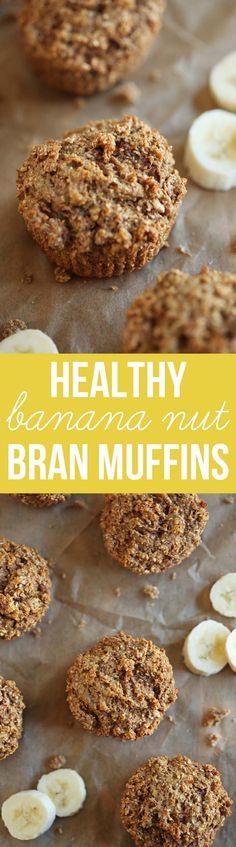Diese super feucht Banana Nut-Kleie-Muffins sind gesund, leicht zu machen und sind perfekt zu greifen on-the-go für ein einfaches, nahrhaftes Frühstück!  eat-yourself-skinny.com