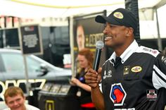 Antron Brown & Team at Royal Purple Raceway in Houston Texas for the spring nationals racing the Matco Tools T/F Dragster