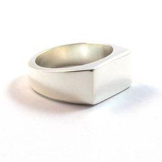 Sterling silver signet ring for men #signetring #sterlingsilver #mensjewelry #jewelry #jewellery #lostwaxcasting #handmade