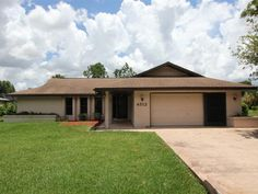 SOLD OCTOBER 2014! - 4512 Lewis Ave! Great pool home in Lake Haven/Harder Hall area with wonderful floor plan.