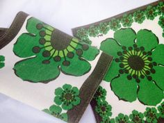Swedish vintage 60s vintage set of 2 tablecloths in beautiful colours. Mod floral pattern