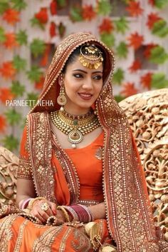 Bridal lehnga, jewellery, beautiful tikka, punjabi weddings♥