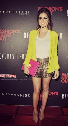 Lucy Hale looking mega cute in sequin shorts and a neon blazer. She has encouraged me to buy sequin shorts Estilo Lucy Hale, Luci Hale, Bermudas Fashion, Lucy Hale Style, Sequin Shorts, Gold Shorts, Fashion Beauty, Womens Fashion, Fashion Night