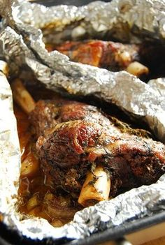 Incredible Baked Lamb Shanks (adapted from Jamie Oliver). An easy and delicious recipe for a simply flavorful meal. Greek Recipes, Meat Recipes, Cooking Recipes, Baked Lamb Recipes, Turkish Recipes, Recipies, I Love Food, Good Food, Yummy Food