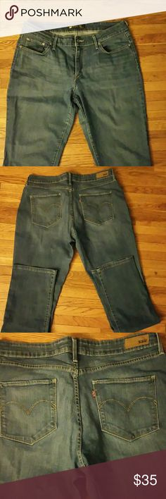Levi jeans Levi bold curve classic rinse blue jean size 14 maybe worn 3 times. Levi's Jeans Straight Leg