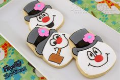 Frosty the Snowman Cookies Tutorial - Semi Sweet Designs  (uses a skull cookie cutter!)