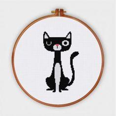 Funny & Cute - Ritacuna Cat Cross Stitches, Funny Cross Stitch Patterns, Cross Stitch Designs, Cross Stitching, Embroidery Stitches, Small Cross Stitch, Cross Stitch Art, Cross Stitch Tattoo, Everything Cross Stitch