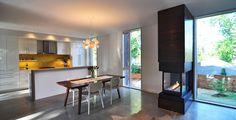 Johnsen Schmaling Arch - Nexus House    Kitchen/Fireplace relationship