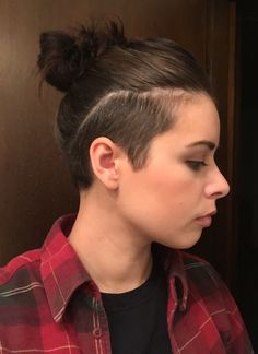 17 Hot Styles - Braided Ponytail for Black Hair in 2019 - Style My Hairs Undercut Ponytail, Undercut Hairstyles Women, Undercut Long Hair, Shaved Side Hairstyles, Black Ponytail Hairstyles, Undercut Women, Braided Ponytail, Cool Hairstyles, Half Shaved Hair