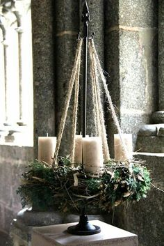 New Screen Advent Wreath green Popular Many chapels web host the Advent-wreath-making affair in the first Sunday on the season. Rustic Christmas, Winter Christmas, Christmas Home, Christmas Wreaths, Christmas Crafts, Advent Wreaths, Christmas Tables, Reindeer Christmas, Nordic Christmas