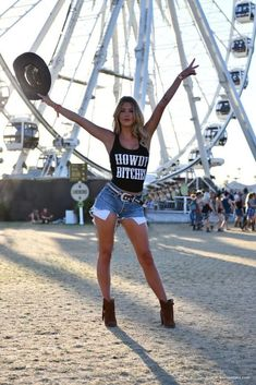 49 Flawless Womens Coachella Festival Outfit Ideas To Try Asap - Since it kicked off in the Coachella Festival has become known as much for its fashions as it has for the live music. Even fashion-forward headl. Music Festival Outfits, Music Festival Fashion, Music Festival Style, Fashion Music, Edm Festival, Festival Makeup, Music Festivals, Rave Outfits, Edgy Outfits