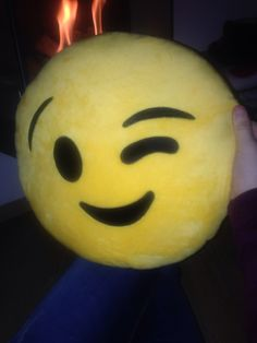Emoji pillow ❤️