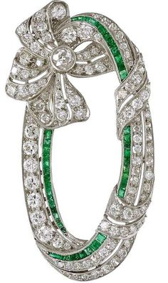 bows.quenalbertini: Art Deco Emerald Diamond Platinum Ribbon Brooch | 1stdibs.com