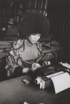 """she devastated the prosecution and walked out of there free""// angela davis Angela Davis, American Women, African American History, Black Panther Party, Power To The People, Black Power, Portraits, Black People, Black Is Beautiful"