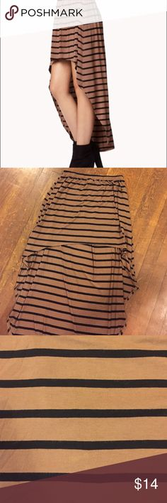 Brown & black high low skirt Great condition! Brown and black high low skirt from Forever 21. Size medium/large. Forever 21 Skirts High Low
