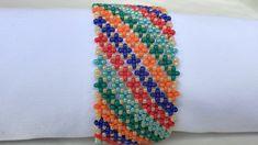 Bead Loom Bracelets, Beaded Bracelet Patterns, Seed Bead Jewelry, Bead Jewellery, Seed Bead Patterns, Beading Patterns, Crochet Flower Tutorial, Handmade Beads, Bead Crochet