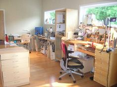 Jewelers Workbench of Aimee Domash Dream Studio, Home Studio, Studio Spaces, Jewelers Workbench, Room Maker, Studio Layout, Jewellers Bench, Art Studio Organization, Workshop Studio