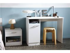 Psací stůl Infinity v několika odstínech Shops, Office Desk, Nightstand, Vanity, Bed, Table, Furniture, Design, Home Decor