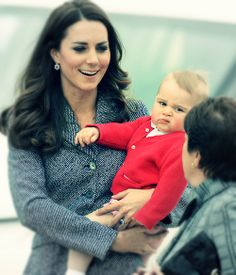 Funny pictures about Prince George Is Already Good At His Job. Oh, and cool pics about Prince George Is Already Good At His Job. Also, Prince George Is Already Good At His Job photos. Funny Meme Pictures, Funny Picture Quotes, Funny Quotes, Funny Memes, Caption Pictures, Funny Cartoons, Motivational Quotes, Funny Shit, Haha Funny