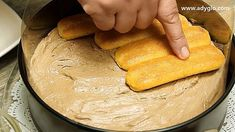 Tort fara coacere cu ciocolata si piscoturi reteta rapida - Adygio Kitchen