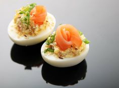 Everything Bagel Deviled Eggs (Smoked Salmon, Sesame and Caraway Seeds, and Dried Onion)