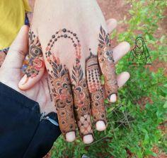 Floral Henna Designs, Back Hand Mehndi Designs, Mehndi Designs Book, Latest Bridal Mehndi Designs, Unique Mehndi Designs, Mehndi Design Photos, Wedding Mehndi Designs, Mehndi Designs For Fingers, Dulhan Mehndi Designs