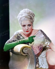 Billie Dove as photographed by George Hurrell in 1932 for BLONDIE OF THE FOLLIES. Color enhanced image by Hollywood Pinups from the b&w original. Billie Dove, George Hurrell, Golden Age Of Hollywood, Blondies, Pin Up, Aurora Sleeping Beauty, The Originals, Disney Princess, Vintage