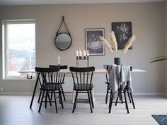 Spisebord - DIY | HVITELINJER : HVITELINJER Exterior Design, Interior And Exterior, Kitchen Interior, Diy And Crafts, Dining Table, Room Decor, House Design, Living Room, Furniture