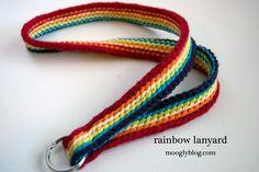 Rainbow lanyard to crochet - free pattern./ Llavero tejido al crochet. Crochet Lanyard, Crochet Belt, Crochet Stitches, Free Crochet, Knit Crochet, Crochet Patterns, Crochet Gifts, Crochet Teacher Gifts, Crochet Accessories