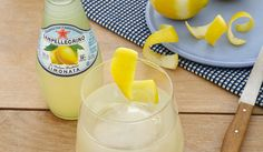 : In the Classic Italian 75 cocktail, the elegant notes of Prosecco blend with the pungent notes of gin and the freshness of Limonata Sanpellegrino.