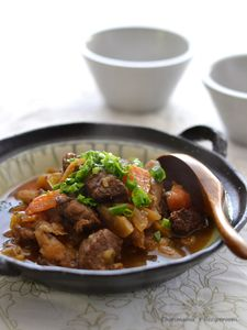 牛すね肉と根菜の黒酢煮(圧力鍋)