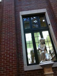 The Atrium Huntingdon College, College Board, Atrium, Libraries, Library Room, Bookcases, Bookstores
