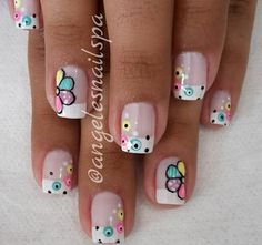 Uñas de circulo nail designs for summer nail designs for short nails easy essie nail stickers nail art stickers walmart nail art strips Nails Inc, Toe Nails, Cute Spring Nails, Nail Polish Art, French Tip Nails, Gel Nail Designs, Nail Shop, Finger, Simple Nails