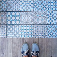 Here is one of our favourite bloggers, Bright Bazaar, standing on our Baroque White/Blue tiles Patterned Tiles | Mandarin Stone