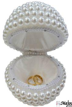 Ring Bearer Pillows, Ring Pillows, Wedding Crafts, Diy Wedding, Engagement Ring Platter, Ring Pillow Wedding, Diy Shower, Shower Gifts, Diy Bouquet