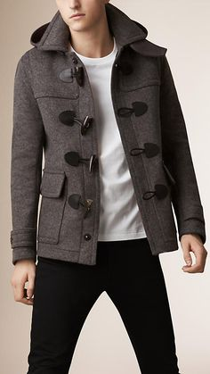 Mittelgraue, melierte Dufflejacke aus Wolle mit abnehmbarer Kapuze (€ 3295,00) | Burberry