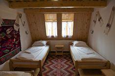 adelaparvu.com despre casa traditionala Maramures, satul Hoteni, Pensiune Marioara satul Breb, Foto Motica (16)
