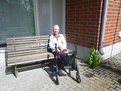 On ihanaa vain istua ja nauttia auringon lämmöstä!